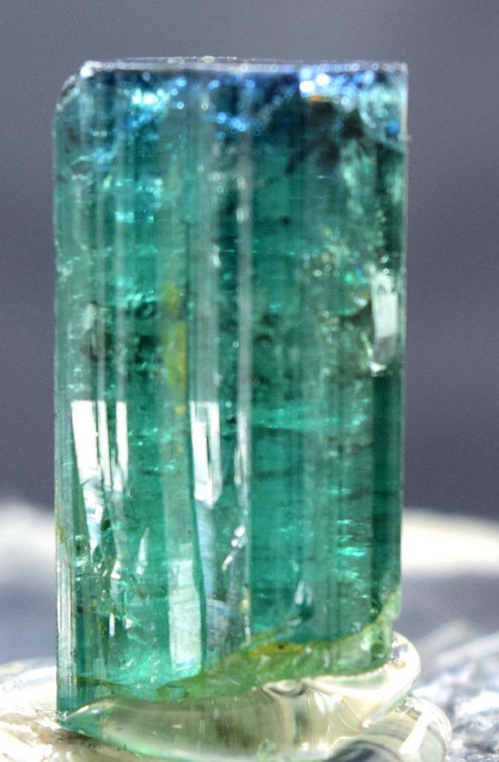 31.30 carats terminated and undamaged indicolite cap - 4
