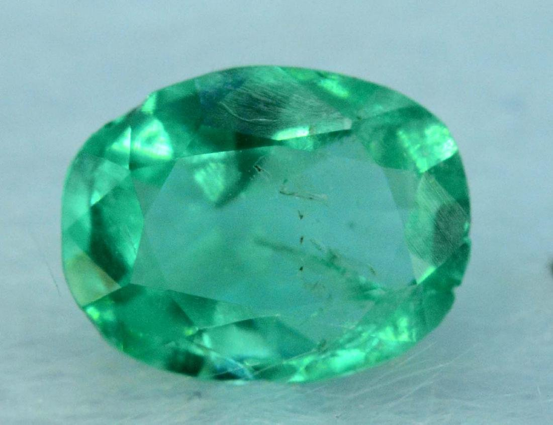 0.50 cts emerald loose gemstone - 2