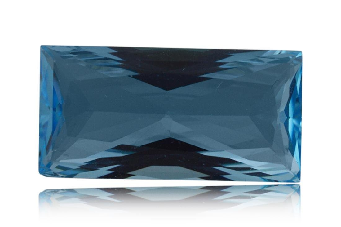 14.2 ct Rectangle Blue Topaz