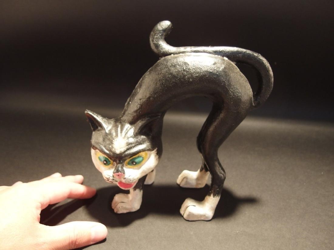 Cast Iron Scared Cat Door Stop - 9