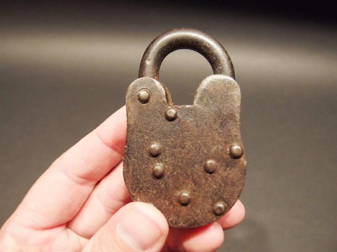 "2 1/2"" Iron Trunk Chest Box Padlock - 3"