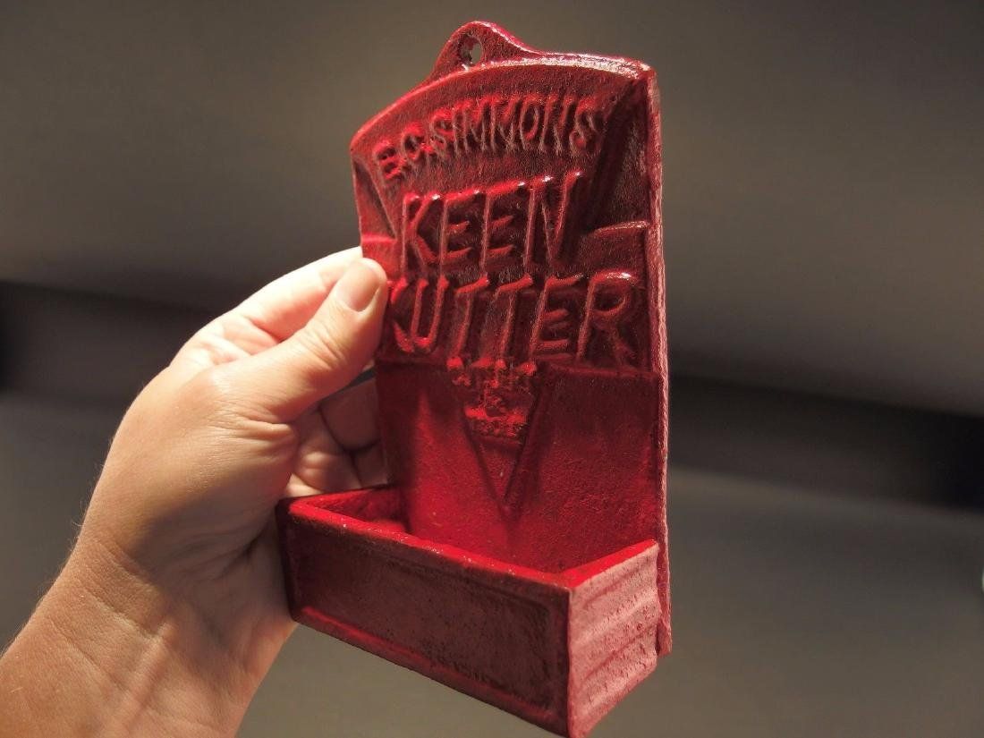 Red Cast Iron E.C. Simmons Keen Kutter Match Holder - 3