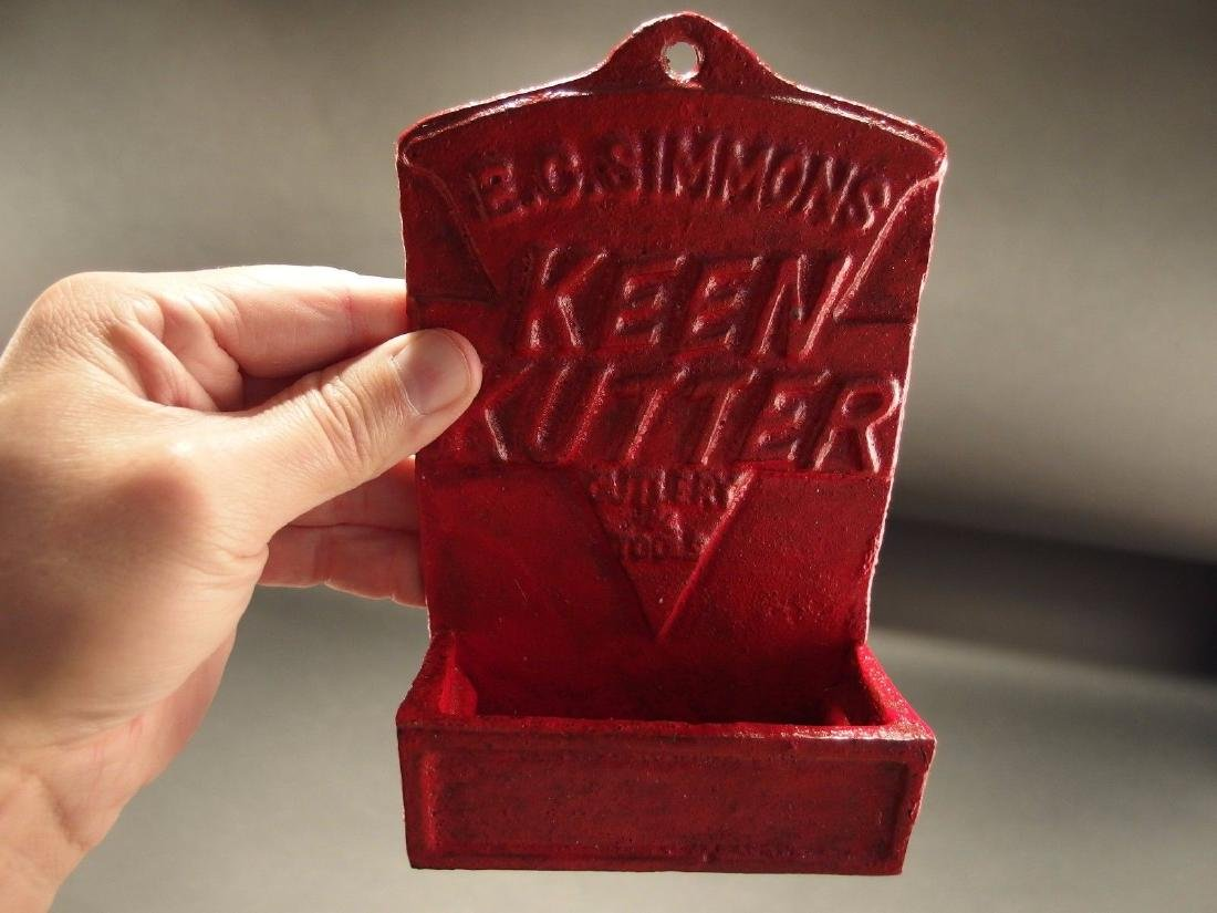 Red Cast Iron E.C. Simmons Keen Kutter Match Holder - 4