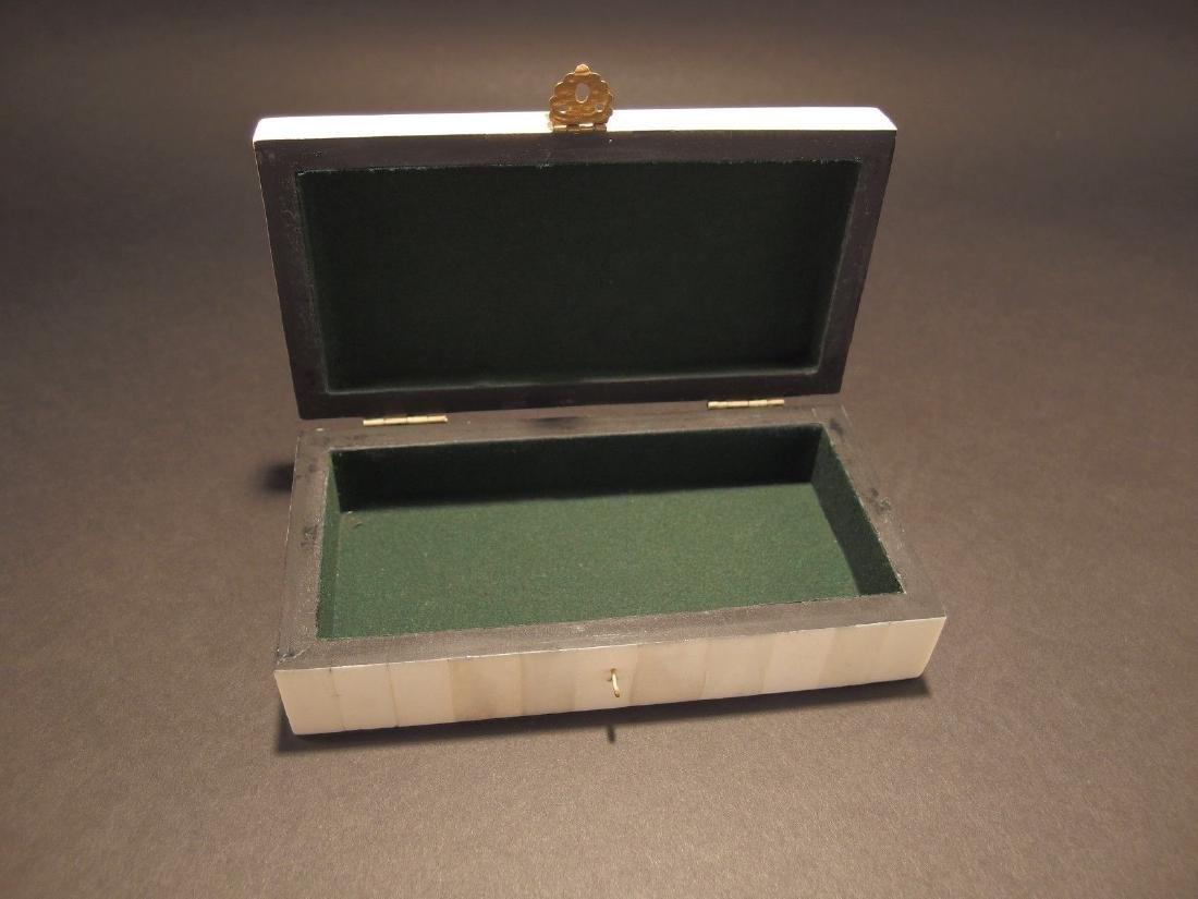 Folk Whale Harpoon Scrimshaw Bone & Wood Trinket Box - 4