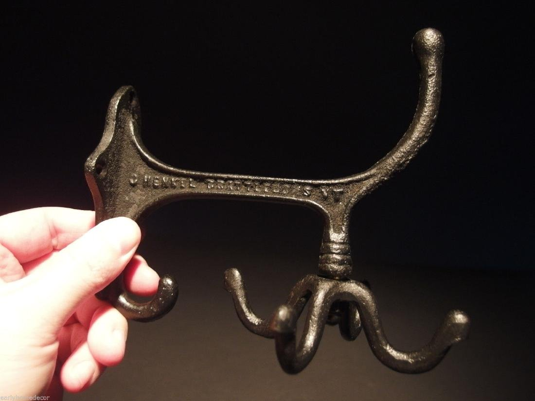 Black Cast Iron Hook Rotating Bracket Spinning Coat