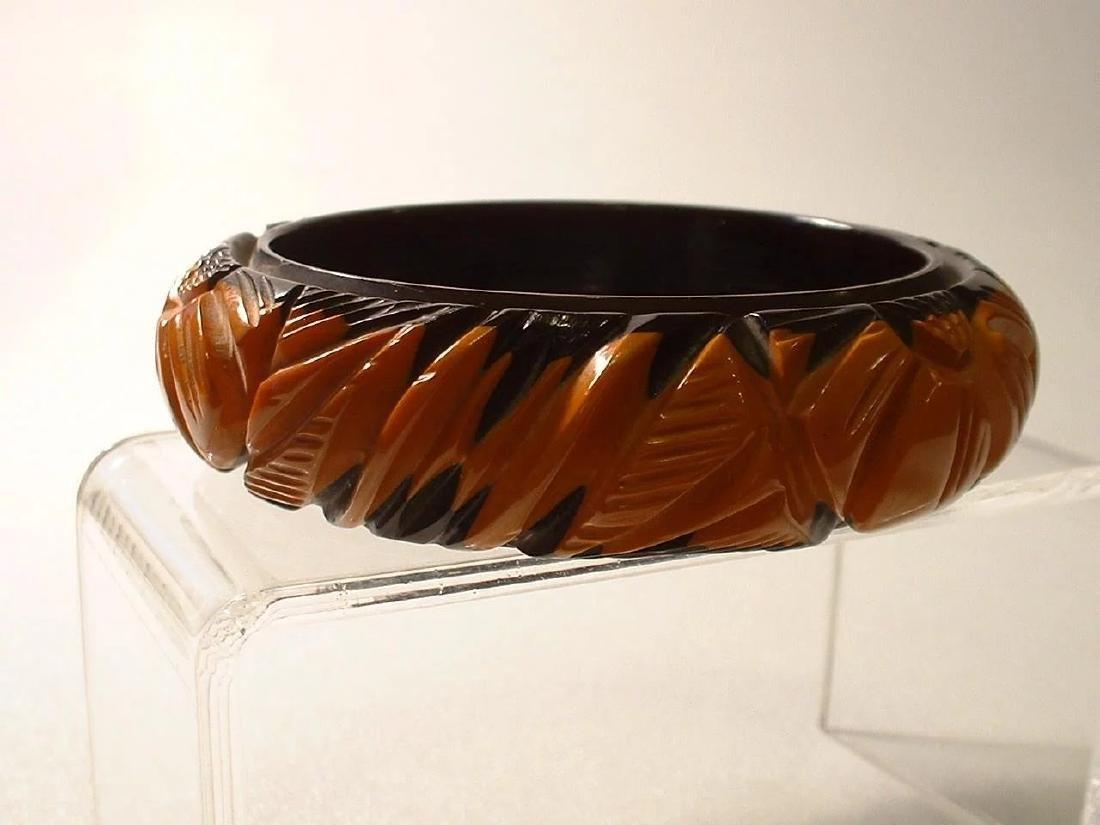 Vintage Magnificent Cast Carved Black and Butterscotch - 6