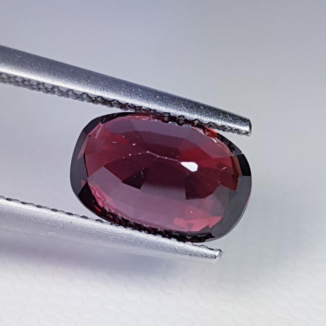 Rhodolite- 3.67 ct - 3