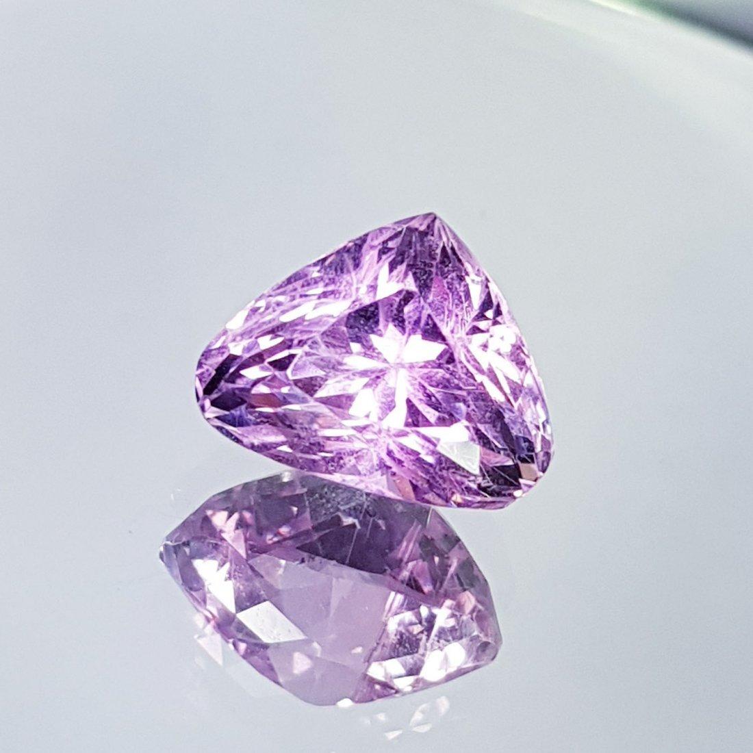 Pink Kunzite - 7.69 ct