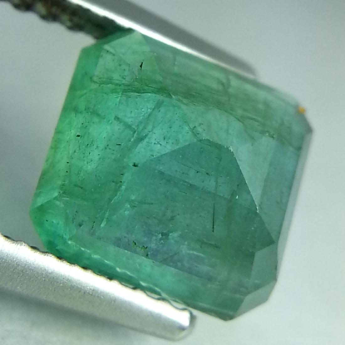 Emerald - 2.31 ct - 3