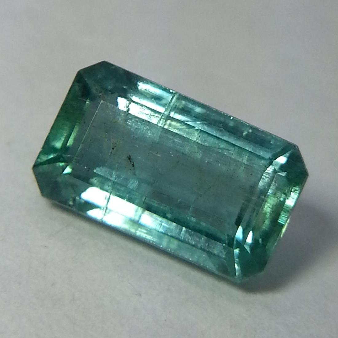 Emerald - 2.23 ct - 2