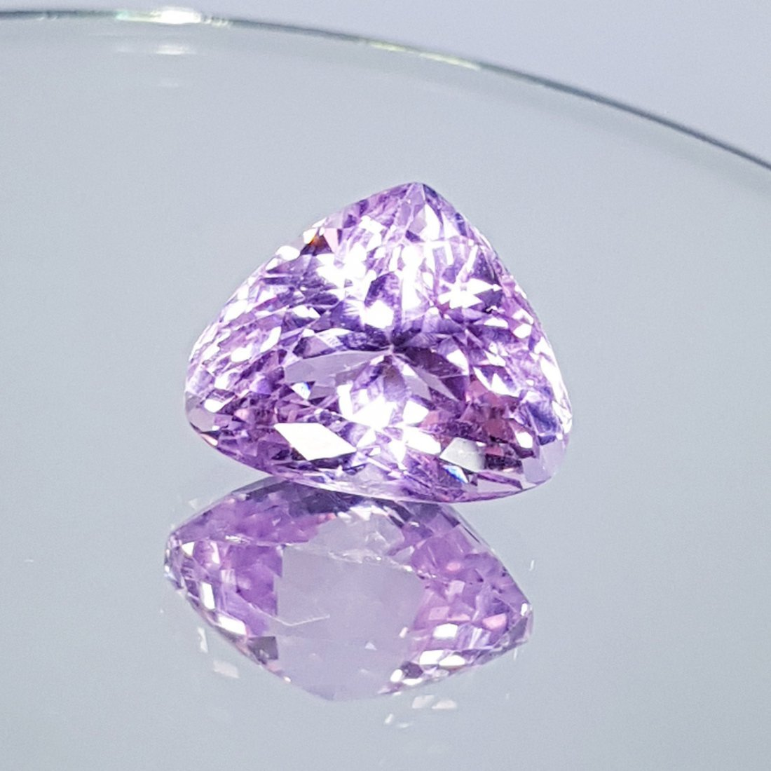 Pink Kunzite - 16.71 ct - 2