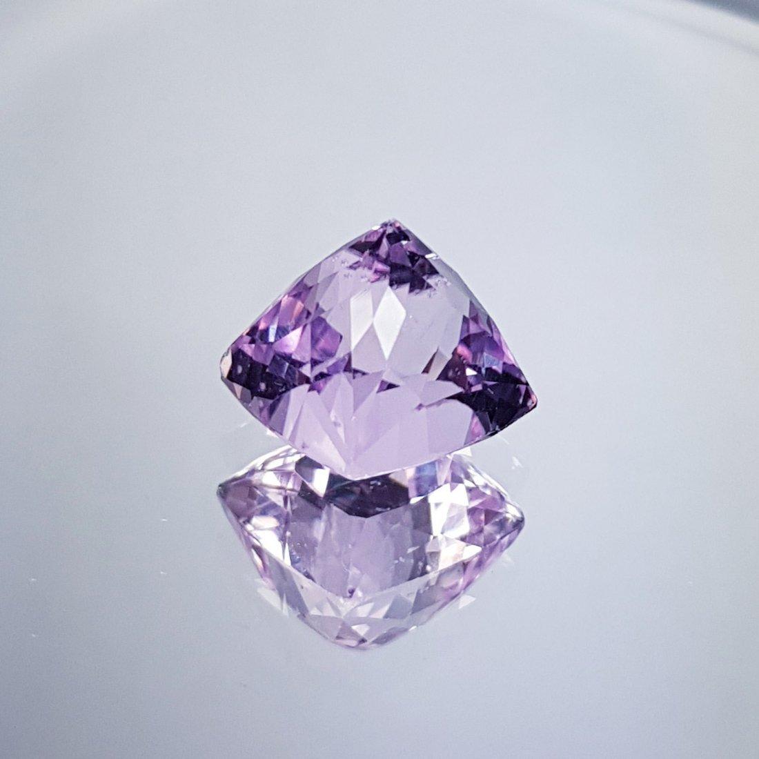Pink Kunzite - 8.23 ct - 4