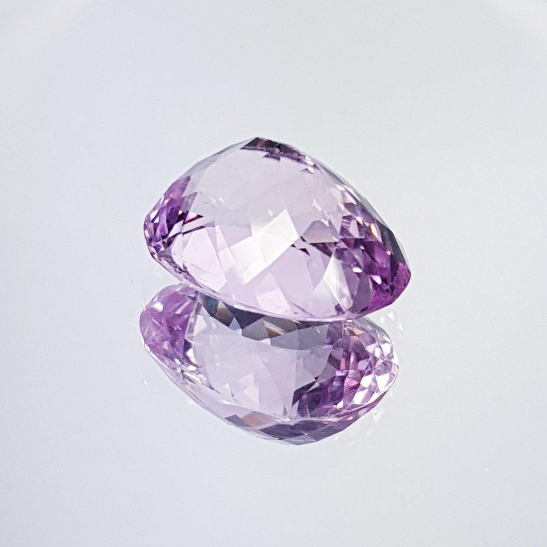 Pink Kunzite - 12.82 ct - 4