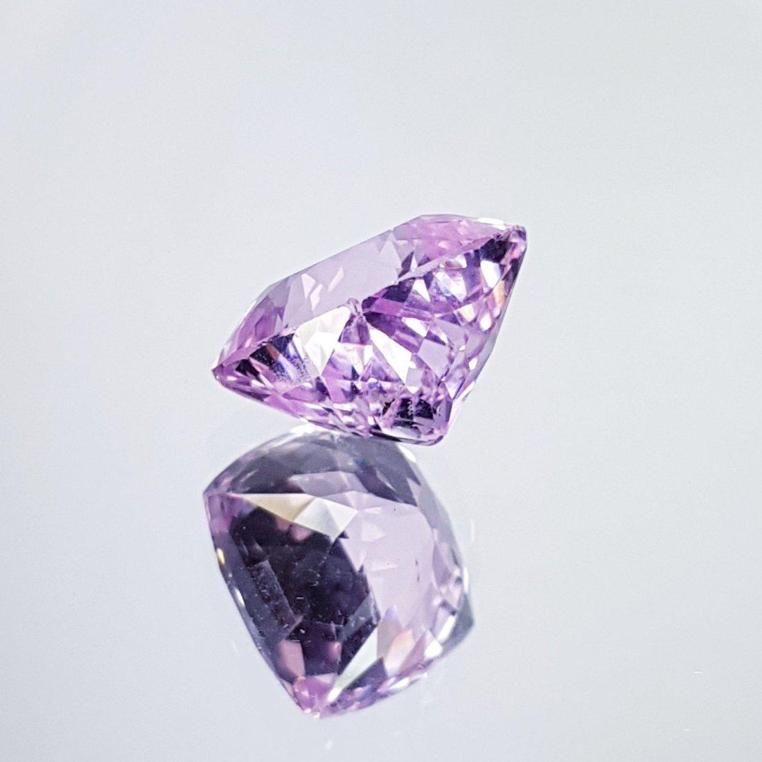 Pink Kunzite - 7.76 ct - 2