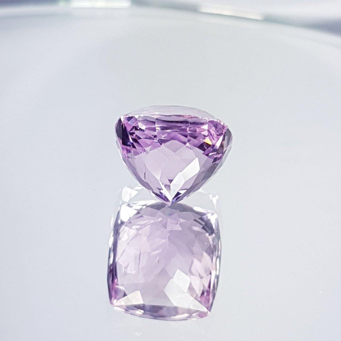 Pink Kunzite - 7.76 ct - 3