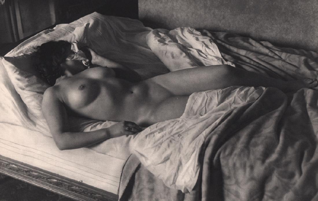 ROGI ANDRE - Nude