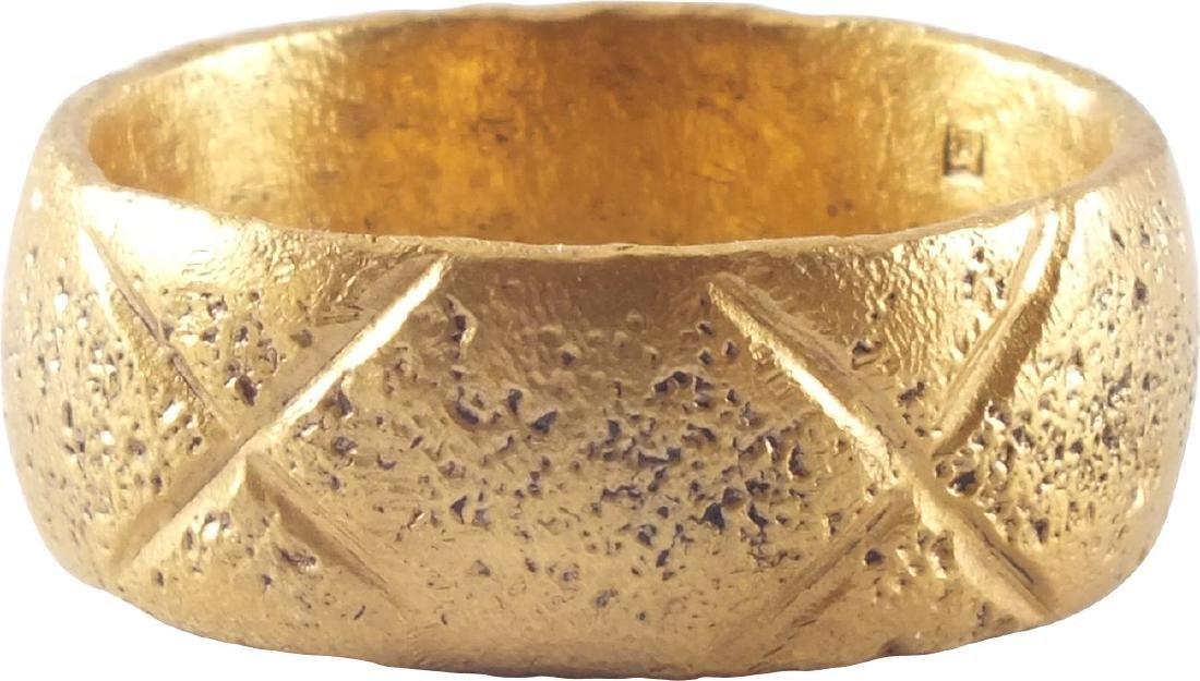 VIKING MAN'S RING 9th-10th CENTURY AD