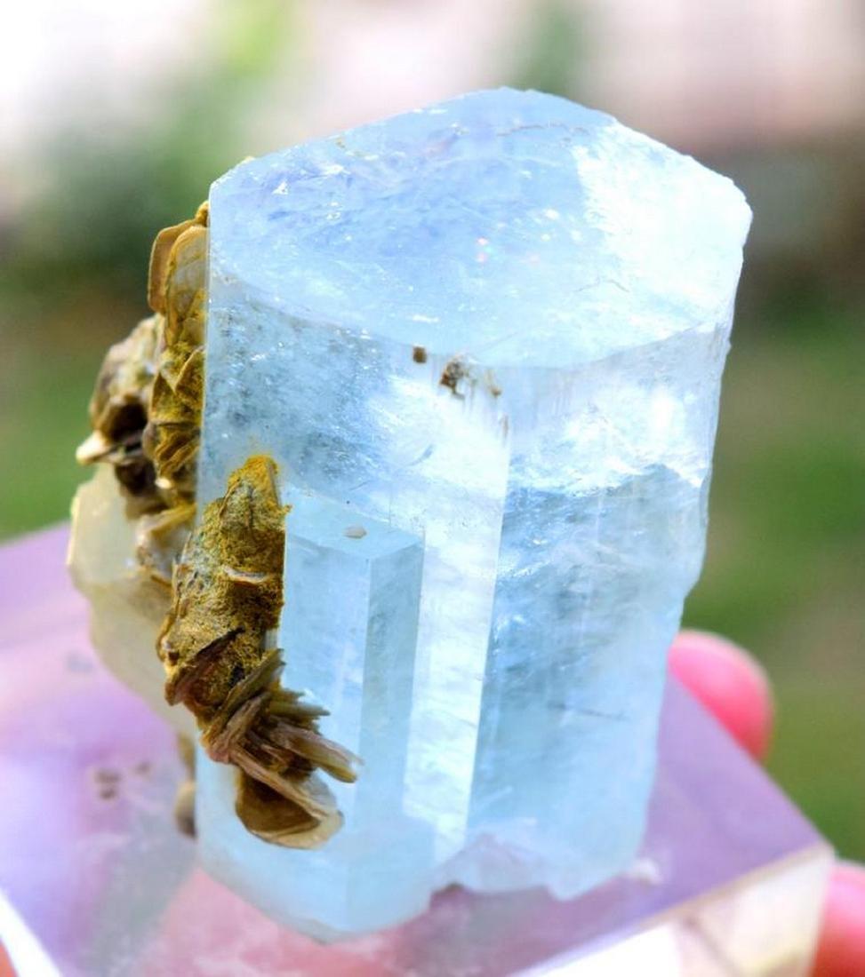 89 gram terminated and undamaged sky blue caolor gem - 2