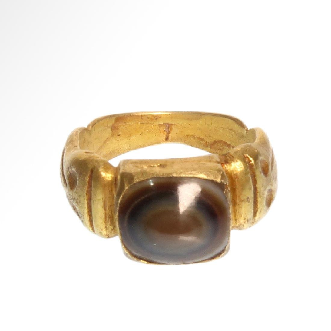 Roman Gold Ring with Banded Agate Ring-stone, 2nd