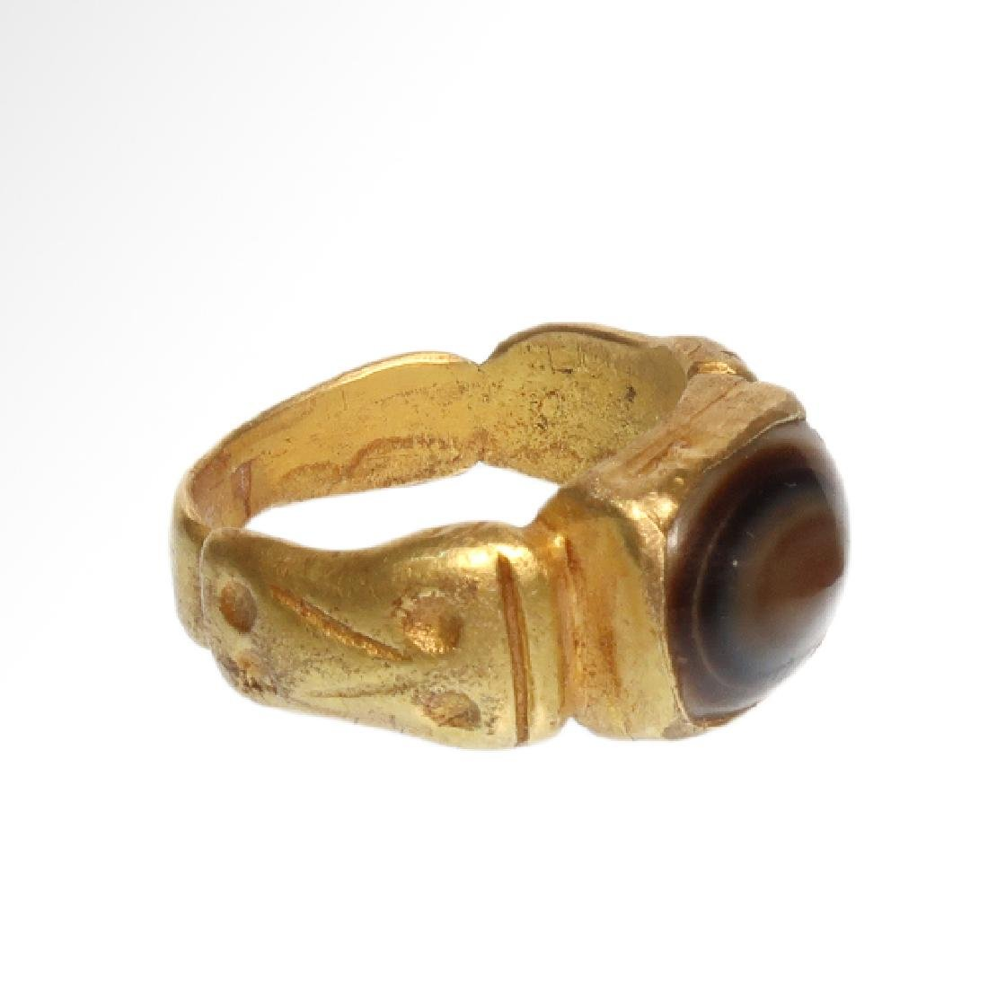Roman Gold Ring with Banded Agate Ring-stone, 2nd - 4