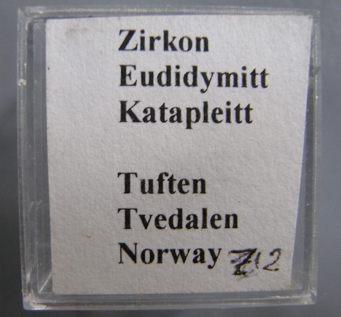 Zirkon, Eudidymite & Catapleiite - Rare minerals! - 2