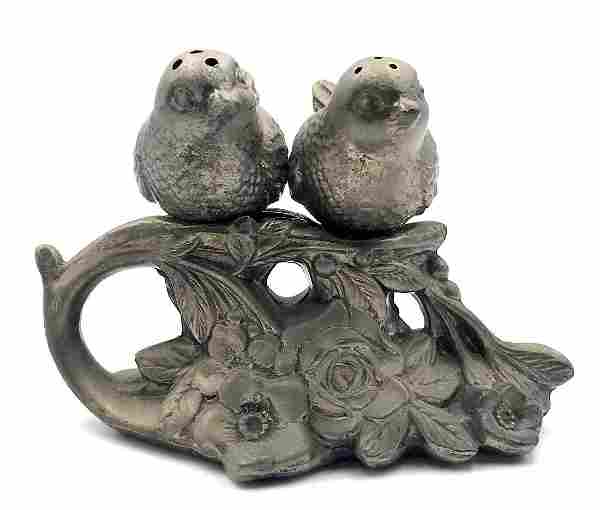 Victorian solt and pepper set in a form of two birds