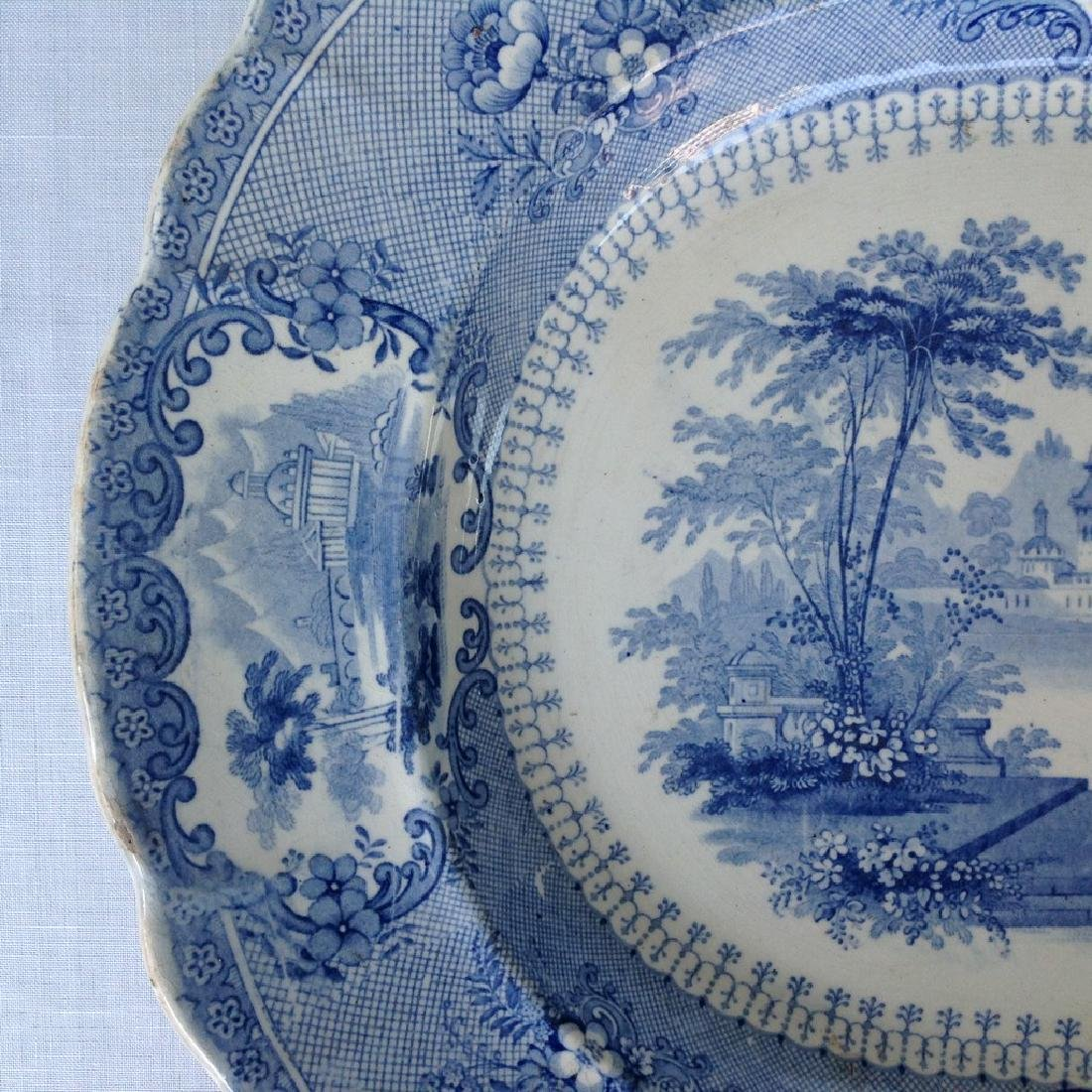 Dish with decorative romantic performance - 4