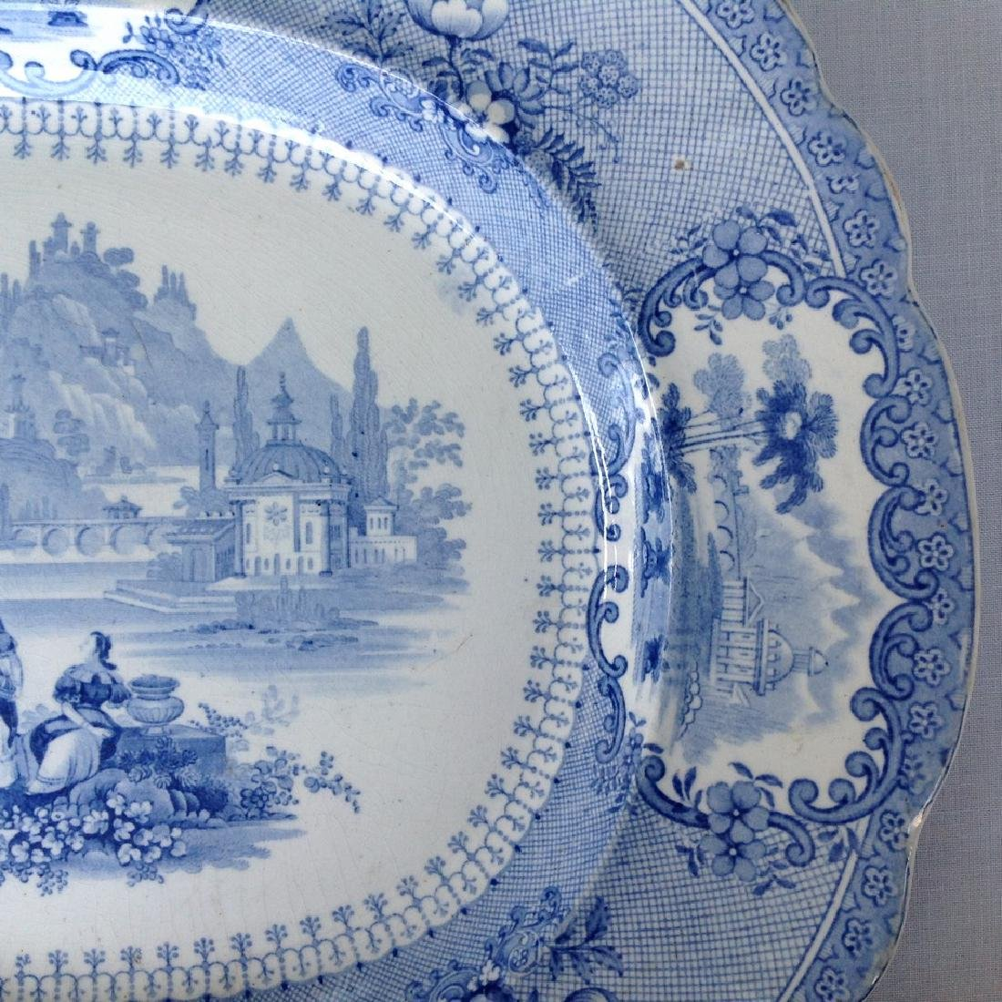 Dish with decorative romantic performance - 5