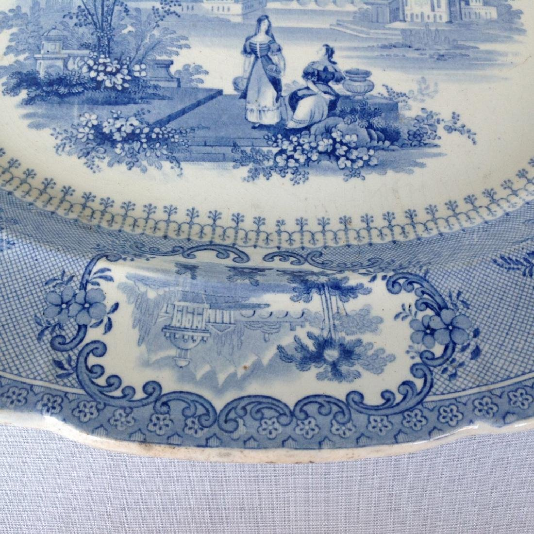 Dish with decorative romantic performance - 9