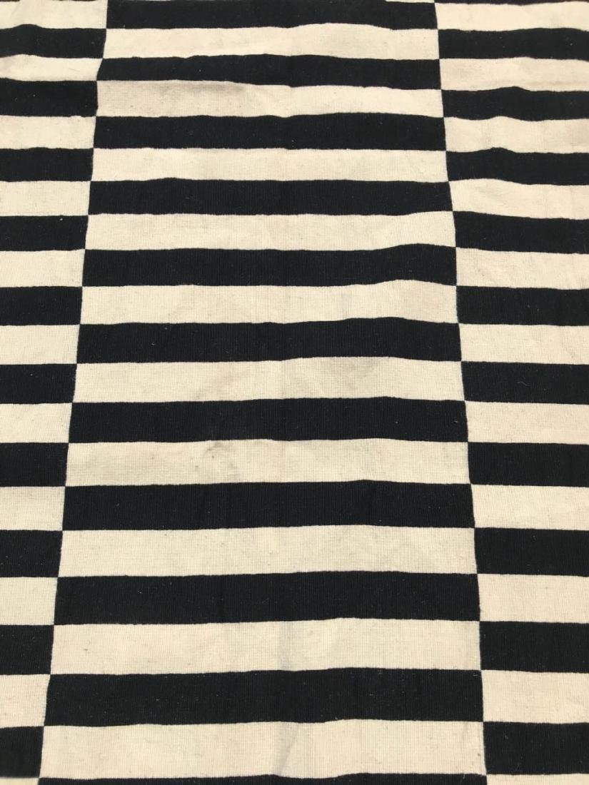 Black & White/Off White Stripped Kilim Rug Rug 7.7x5.5 - 3