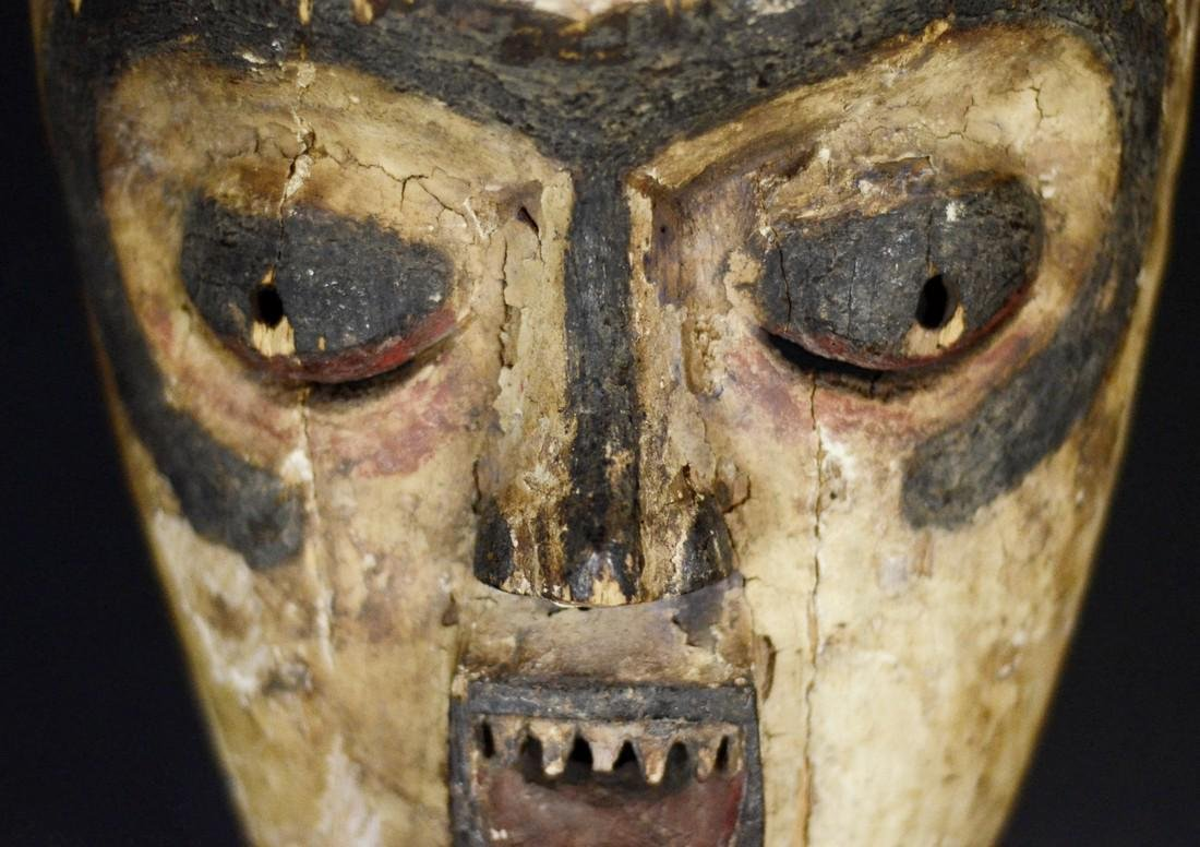 Very Old African Tribal Bembe Mask - 2