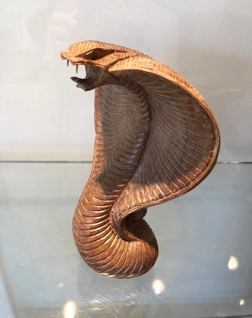 Indian Traditionnal Snake Carved in Wood - 5