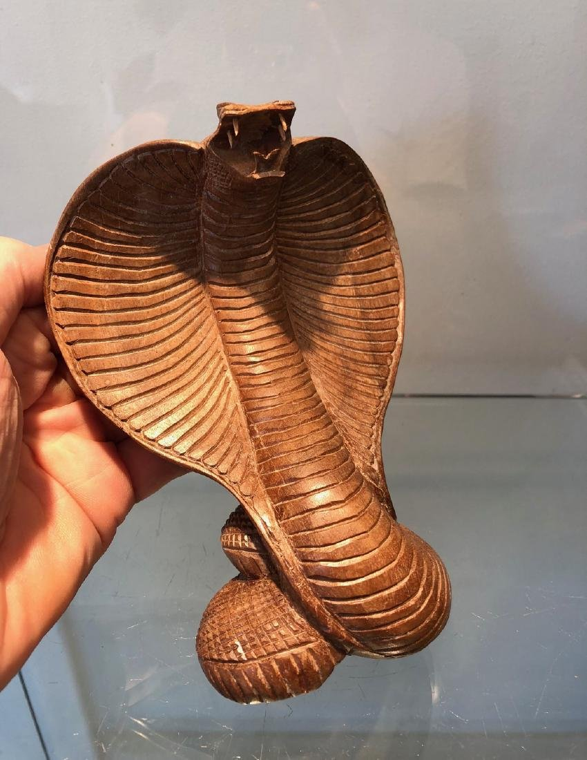 Indian Traditionnal Snake Carved in Wood - 6
