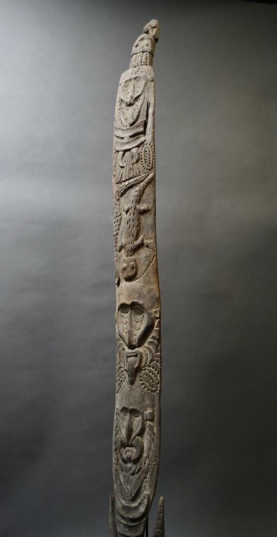 Carved Out Sacred House Food Hook Figure Sepik - 10