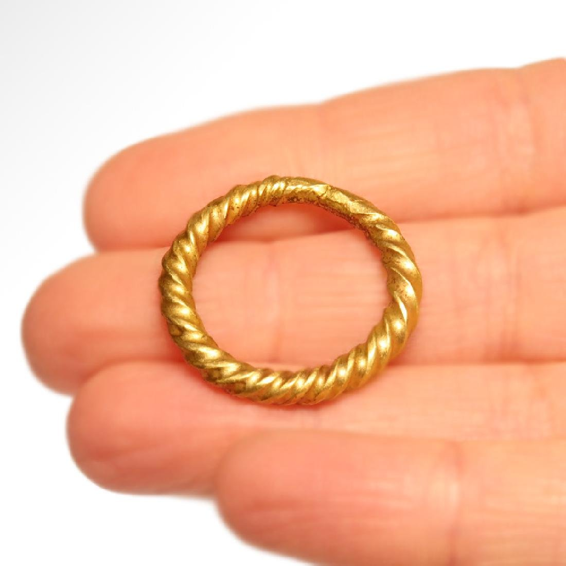 Viking Solid Gold Ring, c. 10th Century A.D. - 3