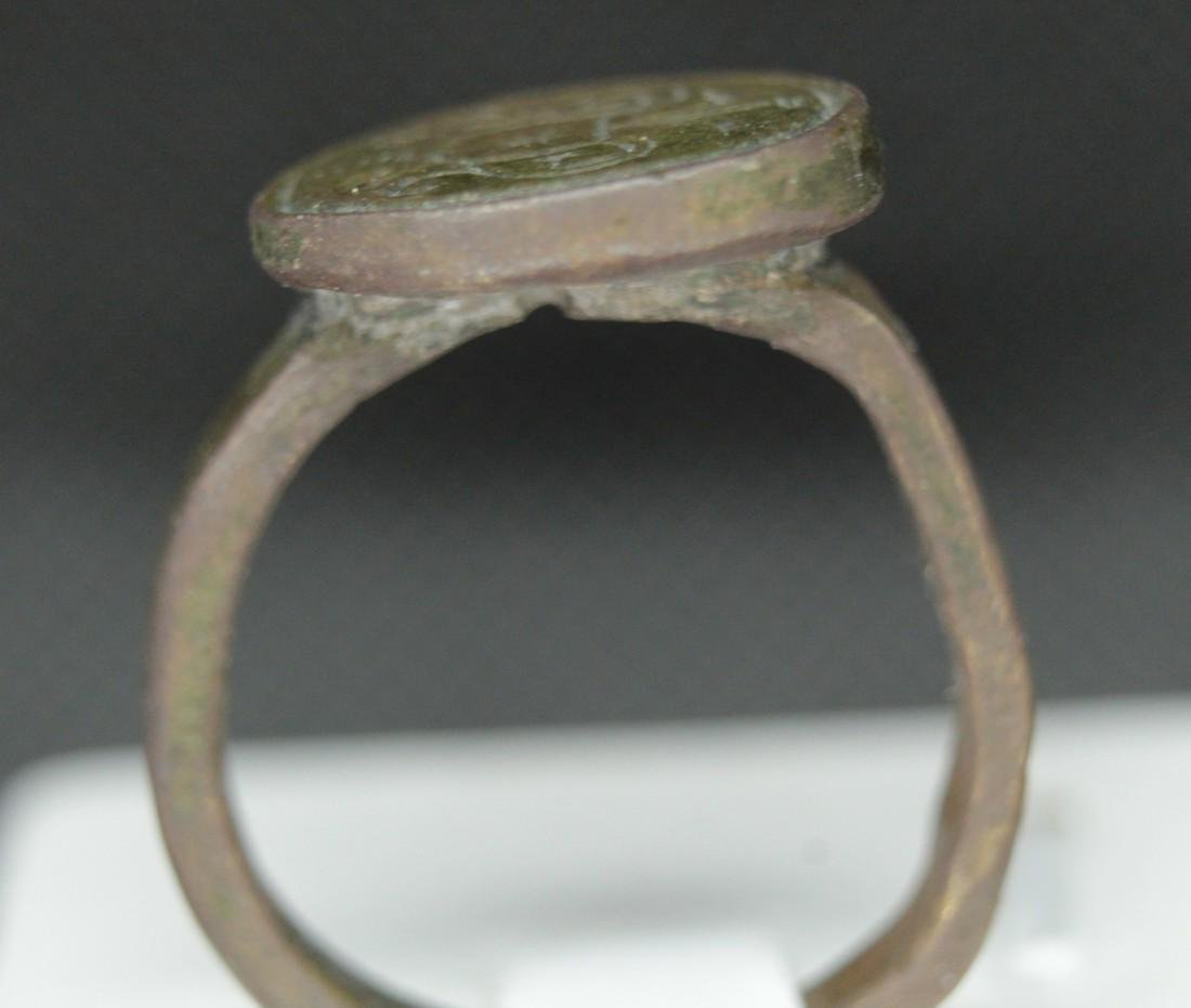 Late Medieval bronze ring - 2