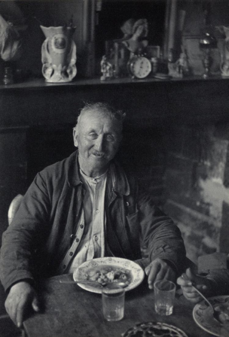 HENRI CARTIER-BRESSON - Peasant Wine Grower