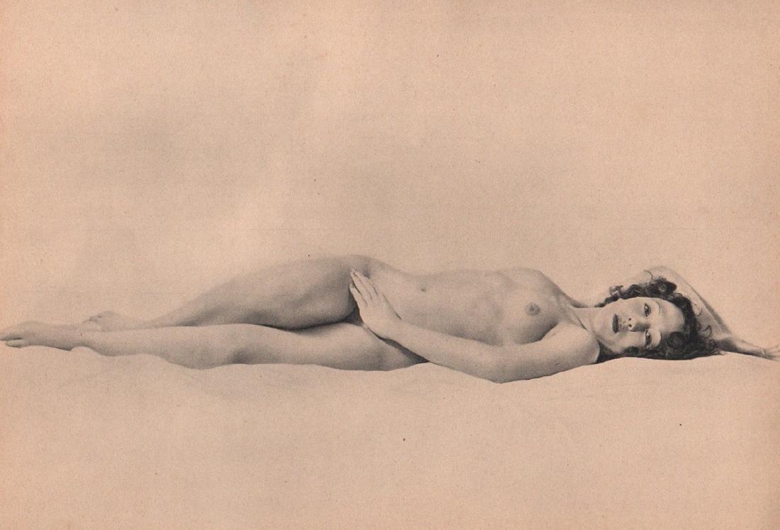 LAURE ALBIN-GUILLOT -  Nude