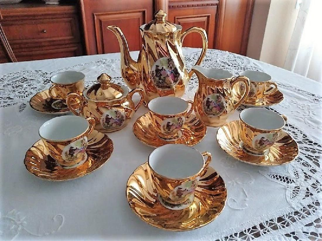 French coffee Service with gold glazed porcelain for 6