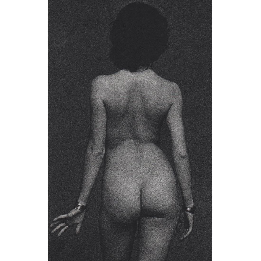 JAMES GOSS - Nude