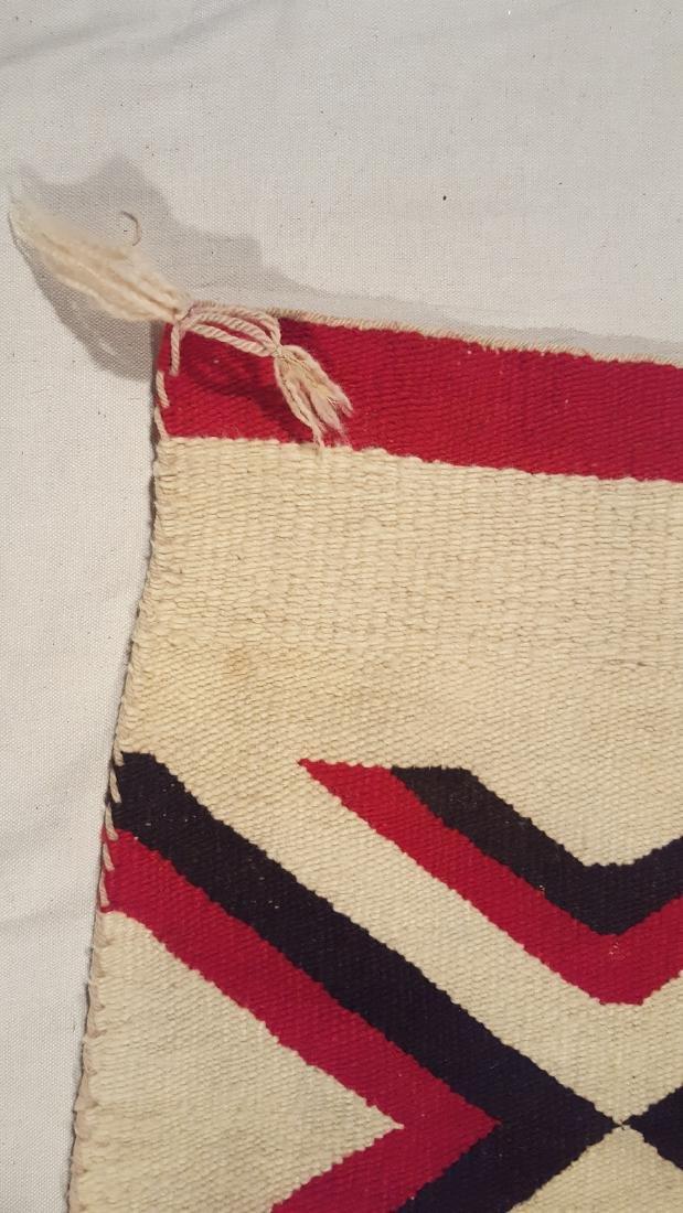 Navajo Woven Regional Rug Ca 1920's - 5