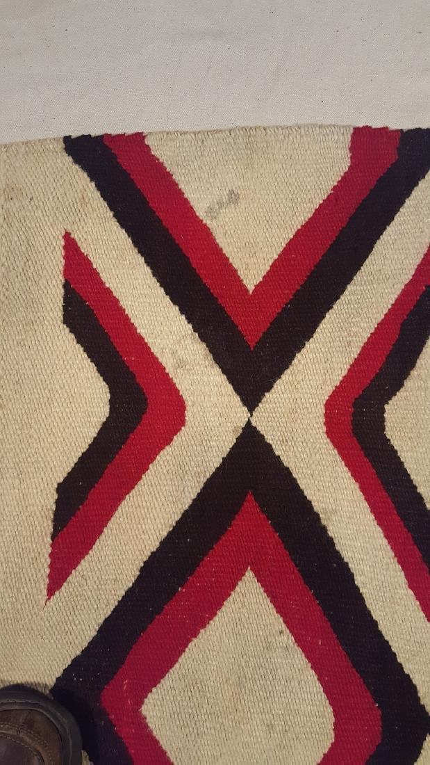 Navajo Woven Regional Rug Ca 1920's - 7