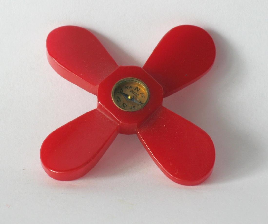 Bakelite Propeller Pin With Compass Insert