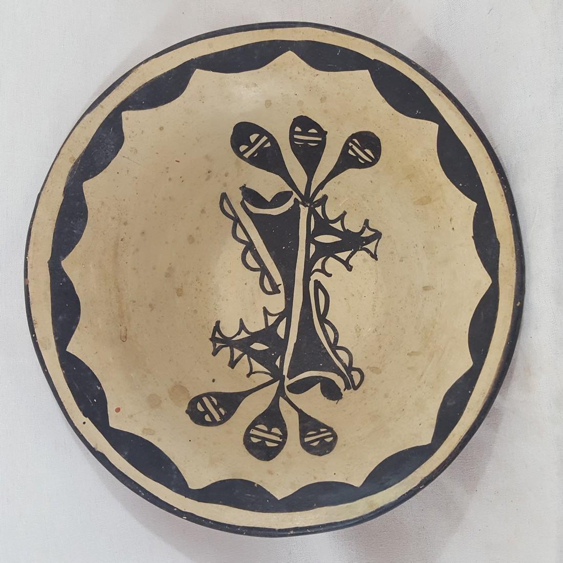 Santo Domingo Pueblo Decorated Bowl Ca 1920's - 2