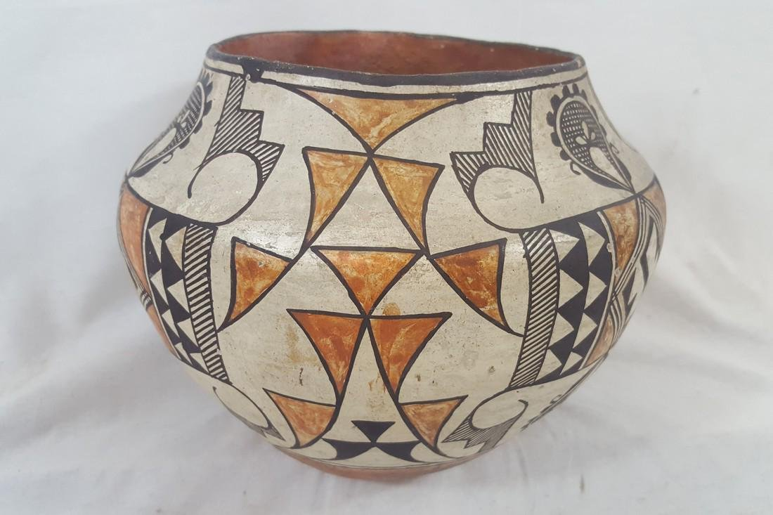 Acoma Pueblo Coiled and Decorated Large Jar Ca 1920's - 2