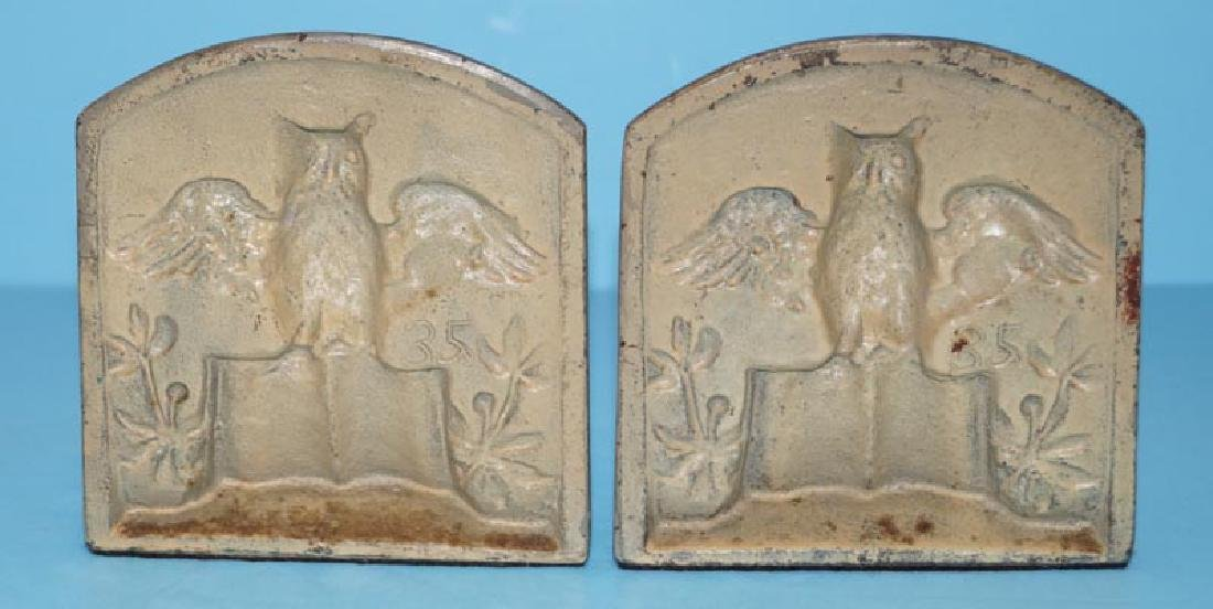 Owl on Book Cast Iron Bookends - 4