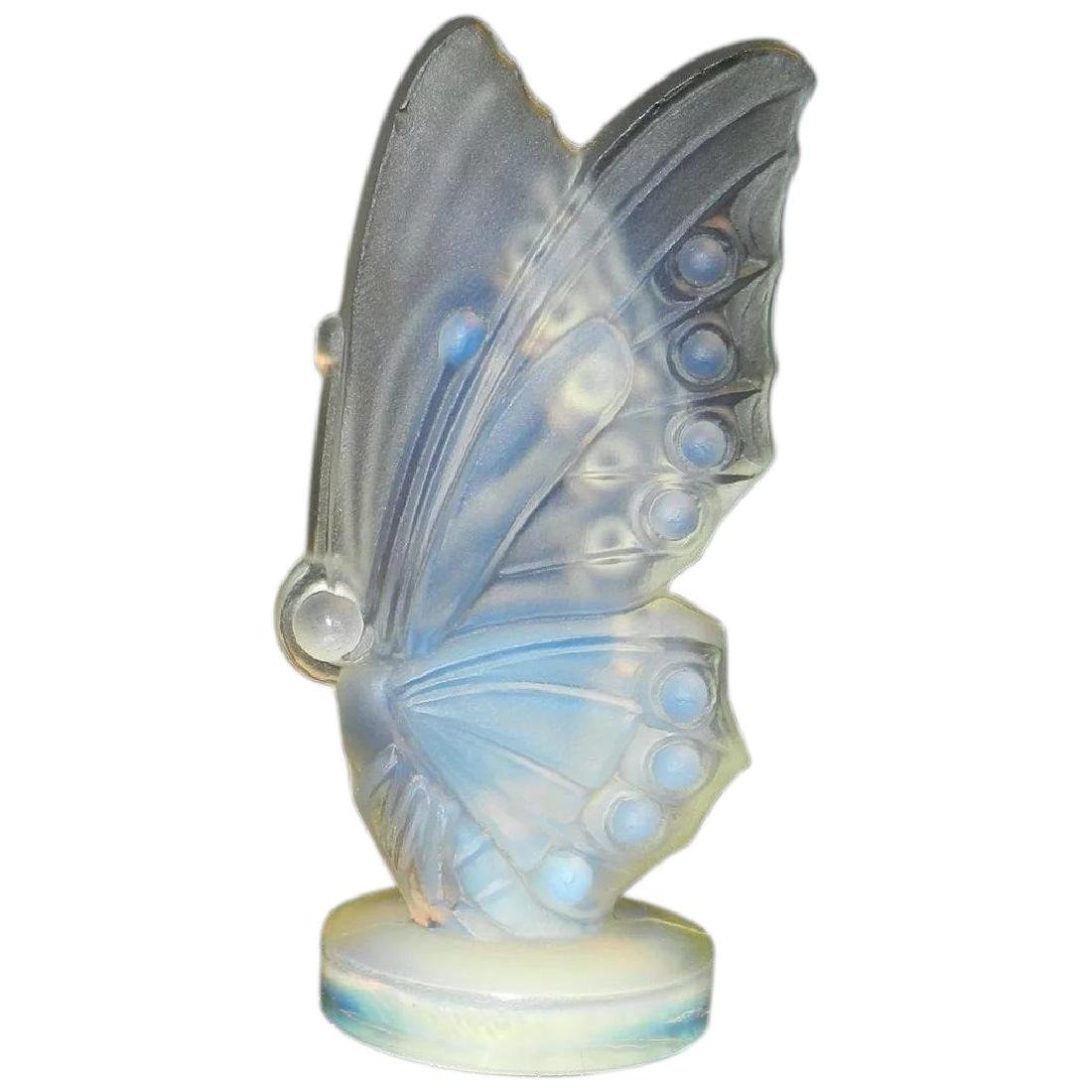 Vintage Sabino Art Glass Opalescent Winged Butterfly