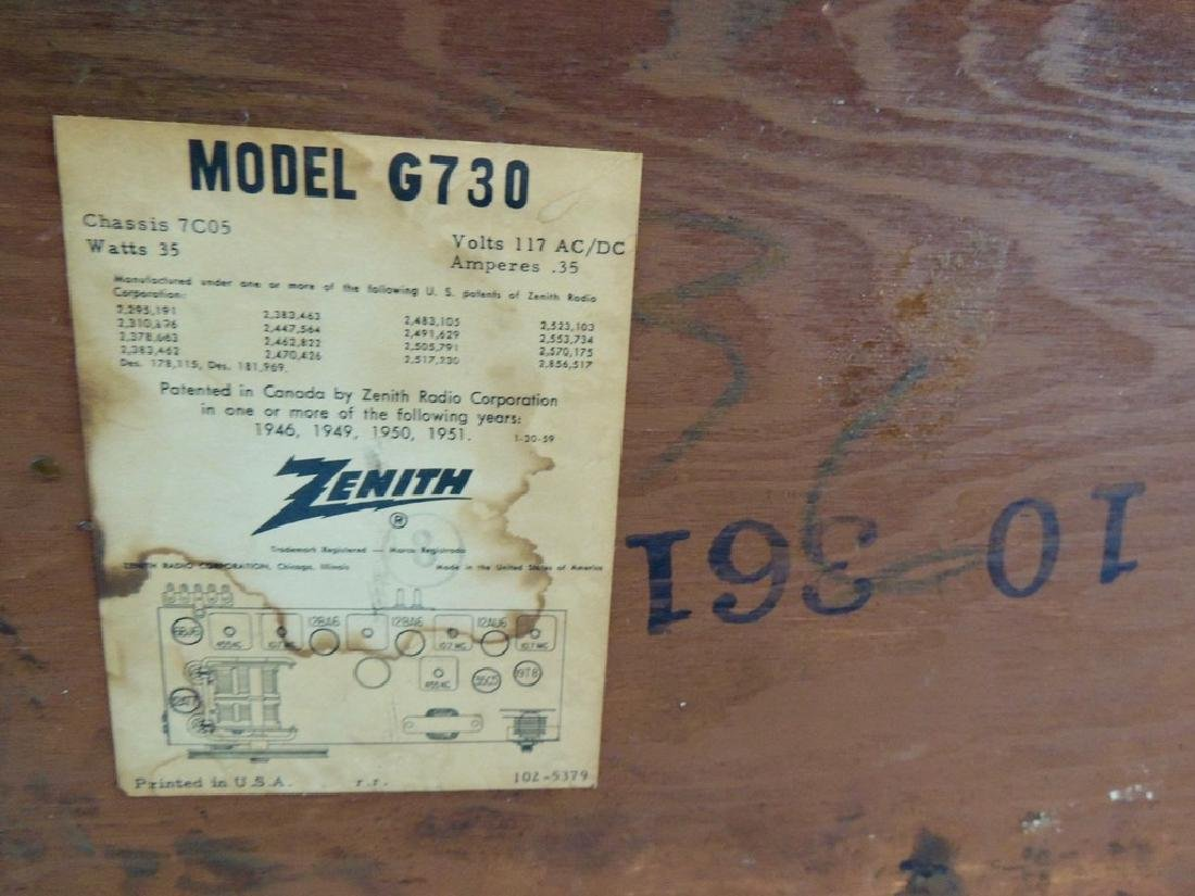 Zenith Long Distance AM/FM Tube Radio, M- G730, 1950's - 9