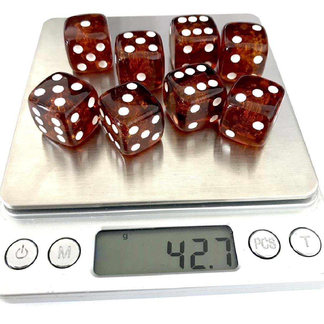Baltic amber handcarved game dices 8pcs 17.5mm cognac - 5
