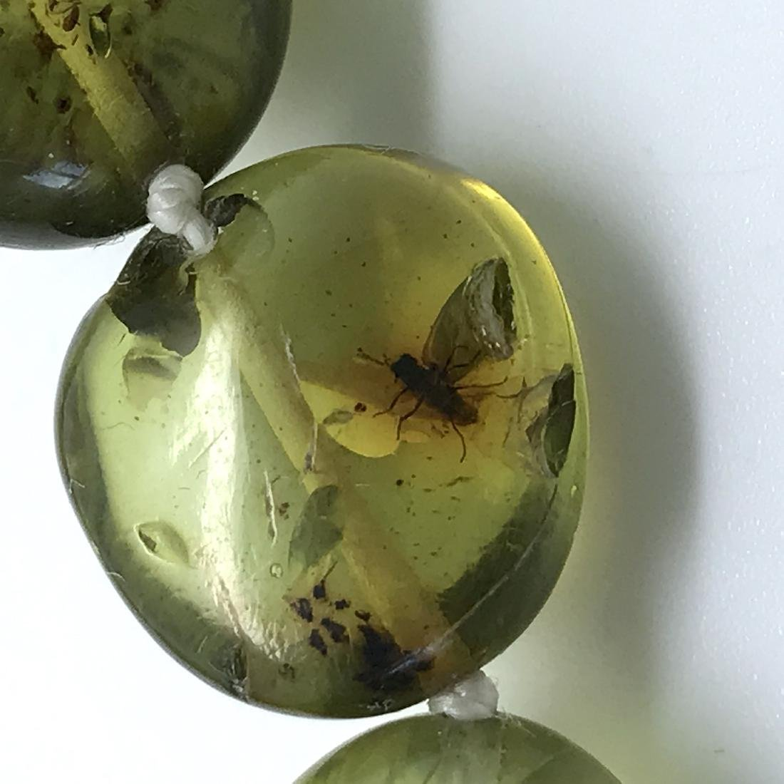 Vintage necklace green amber with antique insect - 3